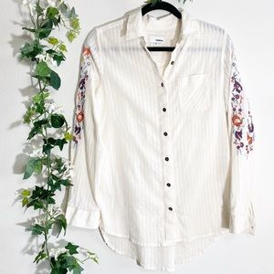Sonoma Cream Floral Embroidered Button-Up Blouse